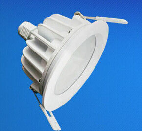 China IP65 imprägniern vertiefte LED Downlight 5W - 18W für Konferenzsaal fournisseur